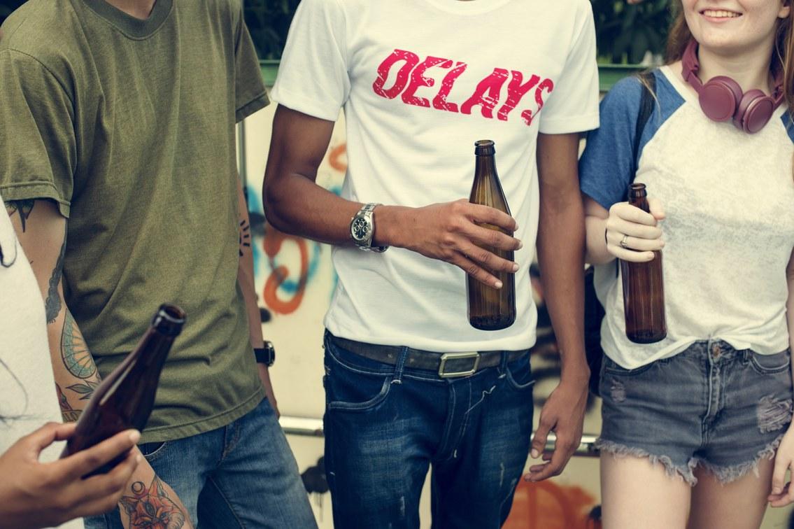 Mit Jugendlichen über Alkohol reden